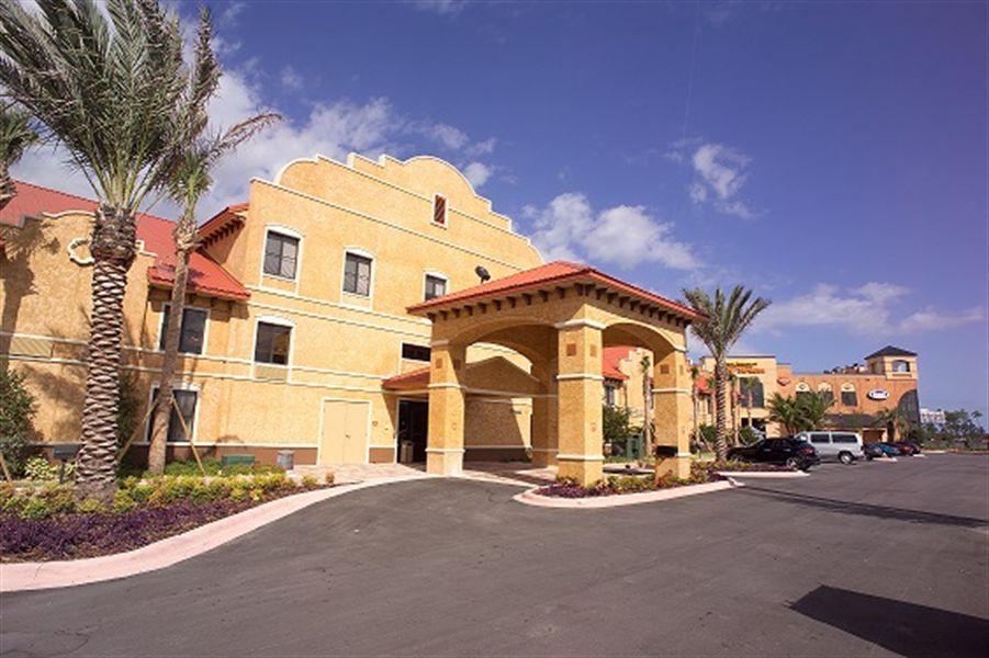 Clarion Inn at Destination Daytona
